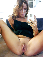Dissolute milf pussy self-shot pics and..