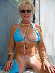 Mature oldies naked, pussy pics