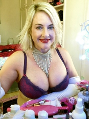 Big tits mom with a bunch of cosmetics
