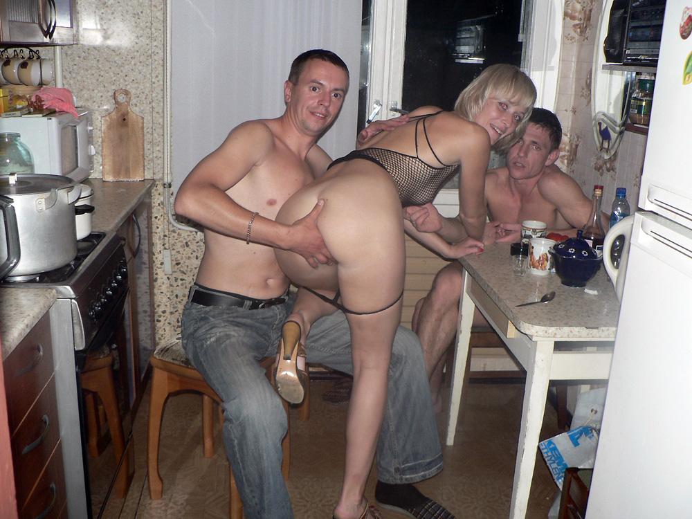 kak-zhena-izmenyaet-russkoe-porno-devushkoy