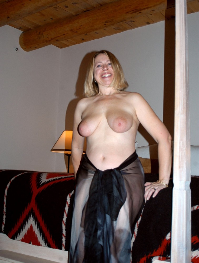 Uk mature mom with saggy tits and hairy cunt - 2 part 9