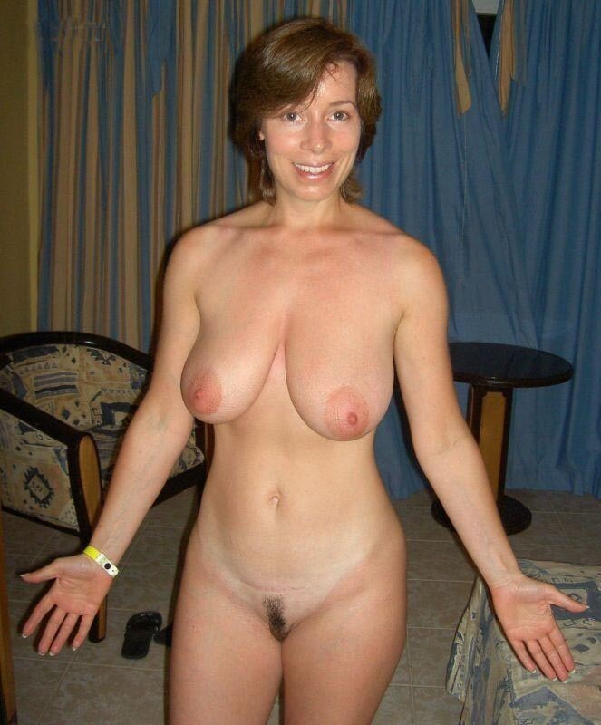 pictures-of-naked-mature-white-women-long
