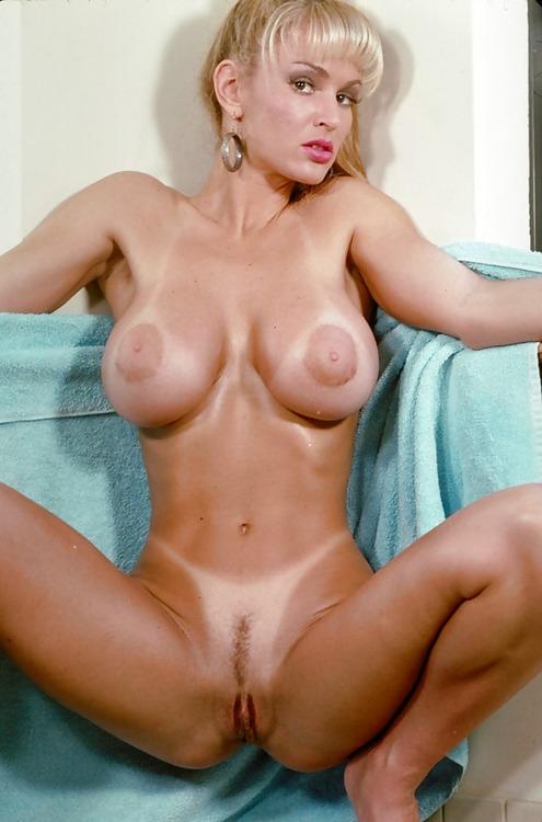 hot sexy nude boobs pics