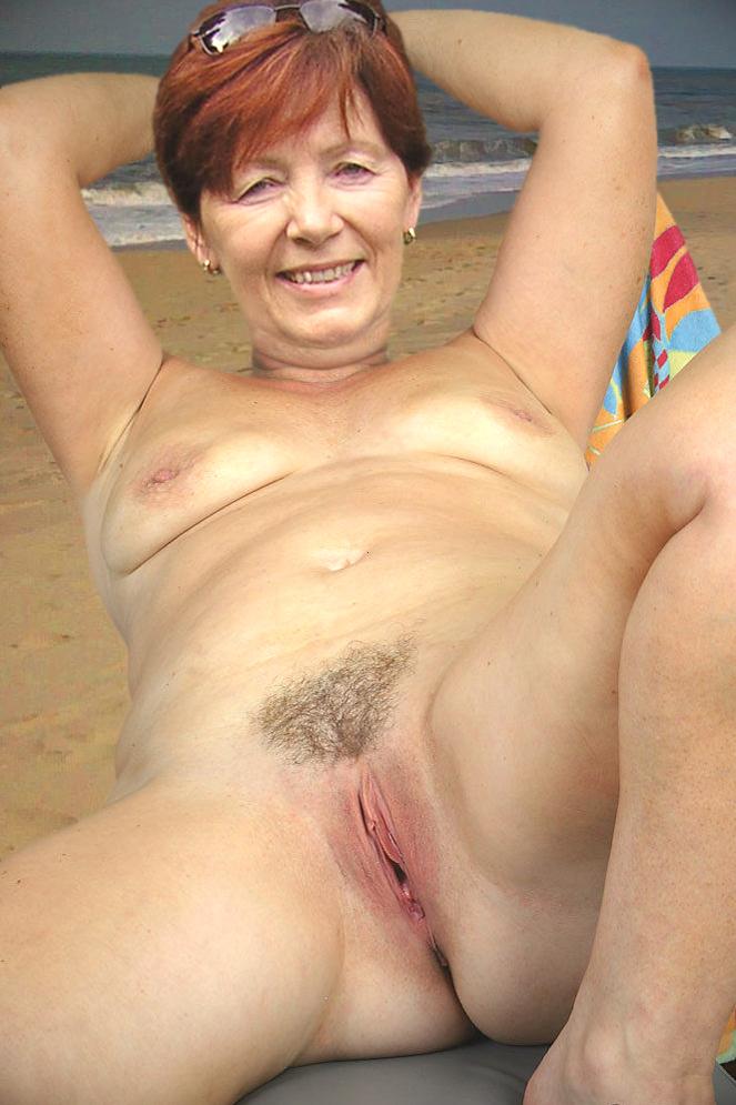 naked mature tube